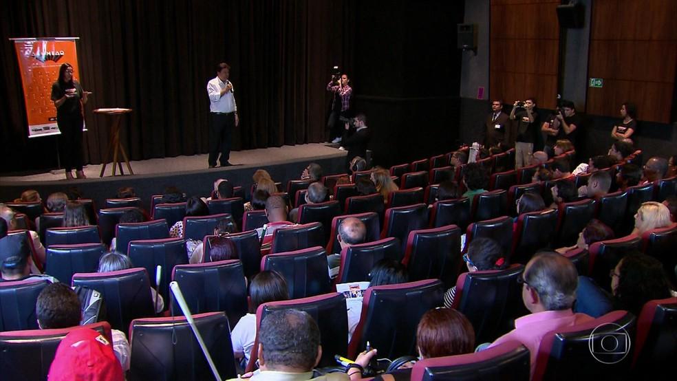 Ministro Mendonça Filho participou da primeira sessão do projeto Alumiar (Foto: Reprodução/TV Globo)
