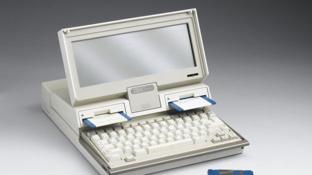 IBM lançou seu primeiro laptop em 1987, ano em que se tornou a primeira empresa de US$ 100 bilhões do mundo (Foto: Getty Images via BBC News Brasil)