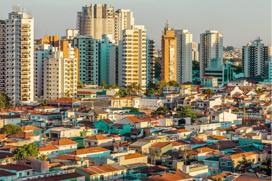 Fundos Imobiliários atraem cada vez mais investidores; entenda como funcionam