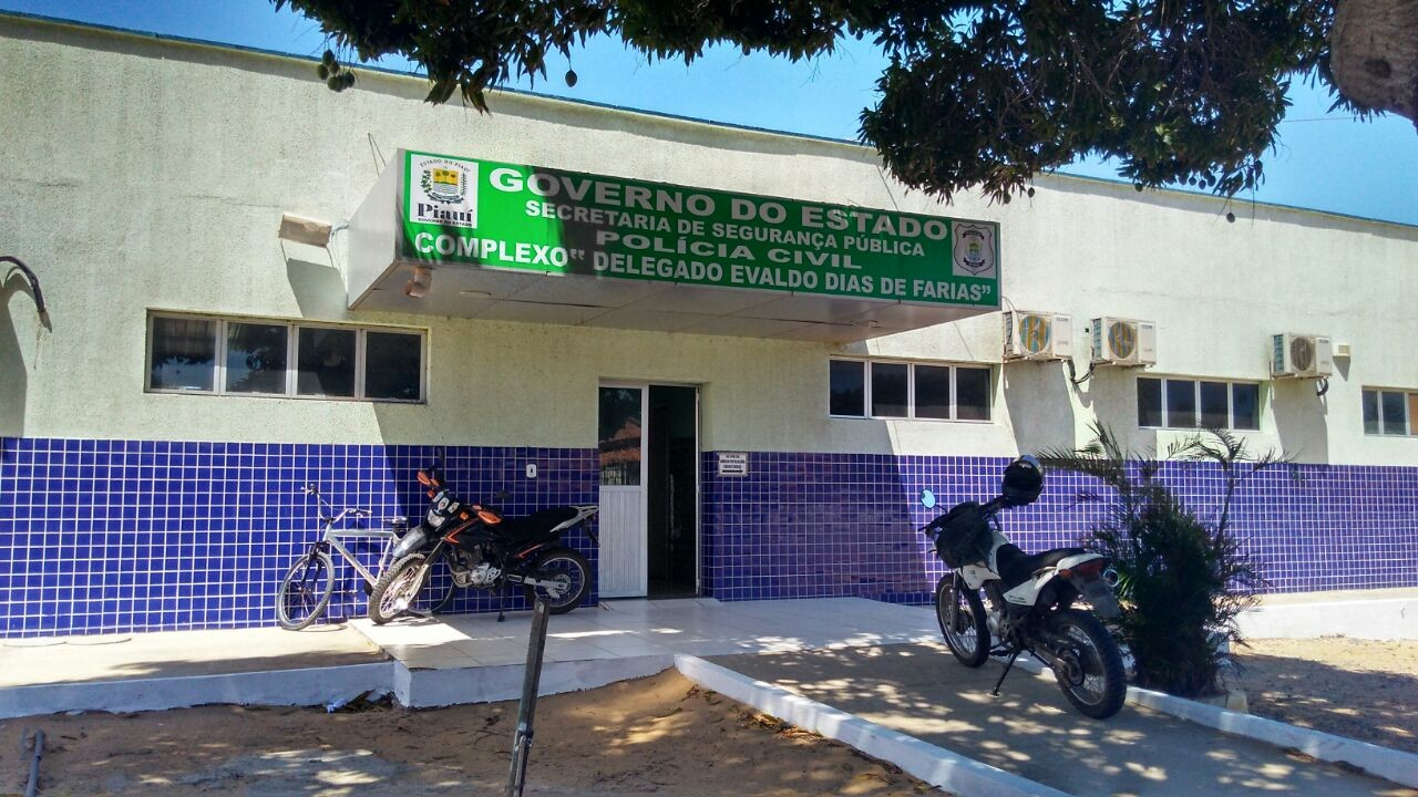 Delegado é suspeito de estuprar adolescente em delegacia no Piauí
