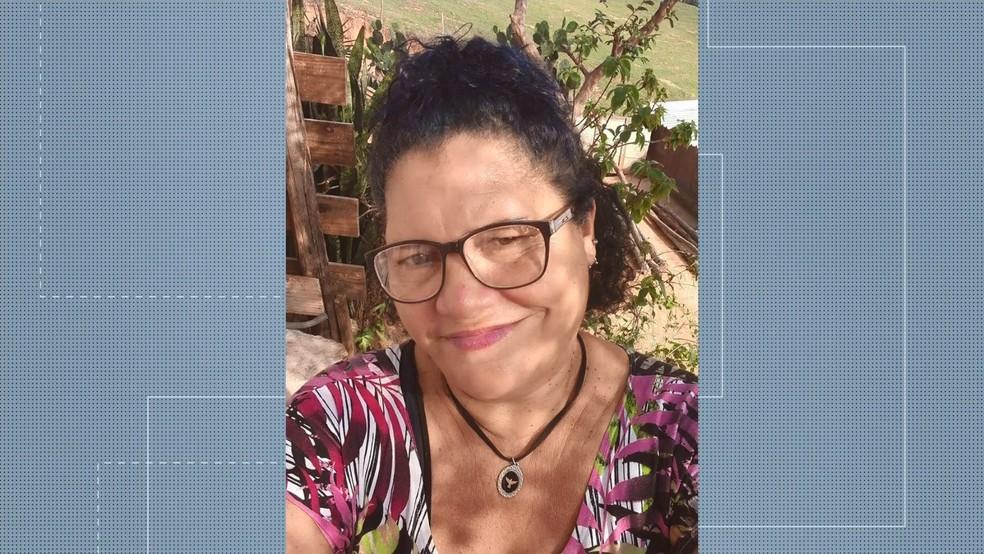 Homem mata a mãe a marteladas, em Piúma, no ES  — Foto: Reprodução/ TV Gazeta