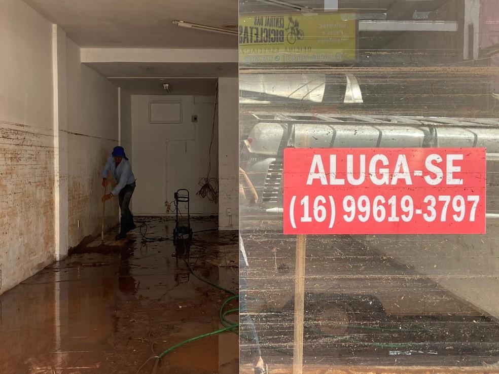 Chuva forte em São Carlos causa estragos na região central — Foto: Fabiana Assis/G1