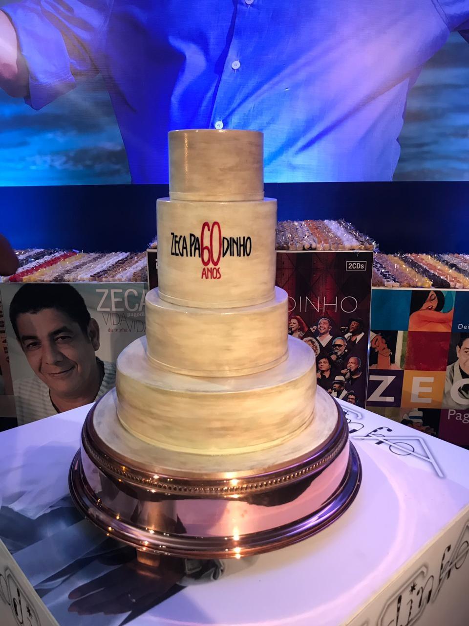 Famosos curtem festa de aniversário de Zeca Pagodinho (Foto: QUEM)