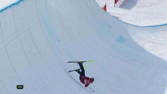 Francês sofre queda feia no esqui estilo livre halfpipe em PyeongChang