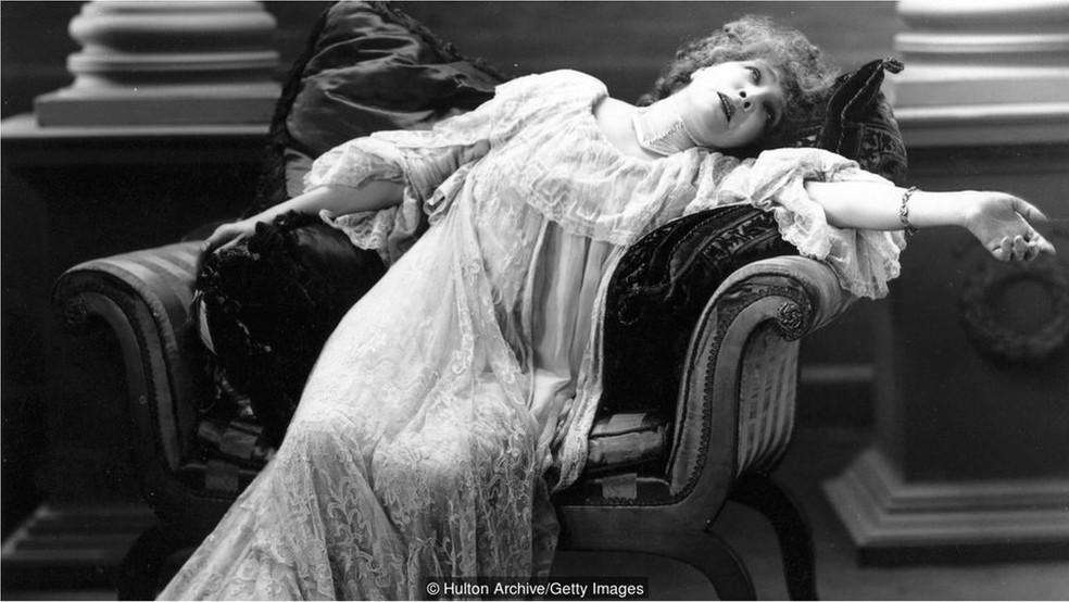 Bernhardt era conhecida pela intensidade emocional de seus papéis (Foto: Hulton Archives/Getty Images)