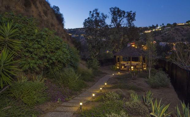 Após overdose, Demi Lovato coloca mansão à venda por R$39 milhões (Foto: Reprodução / The Agency )
