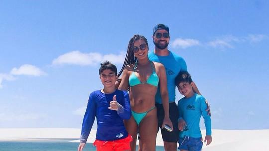 Juliana Paes curte férias em família no Maranhão