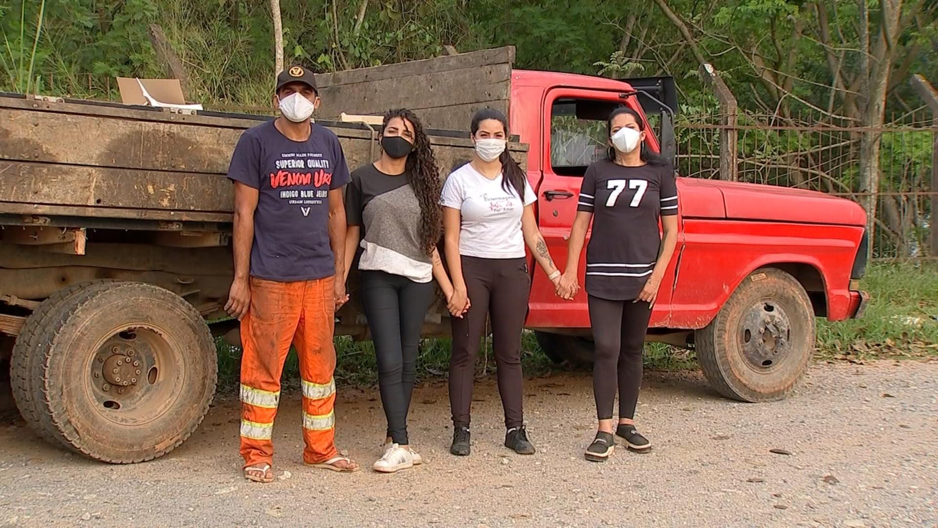 Após superar vício das drogas, casal começa a trabalhar com reciclagem e consegue pagar estudos para as filhas