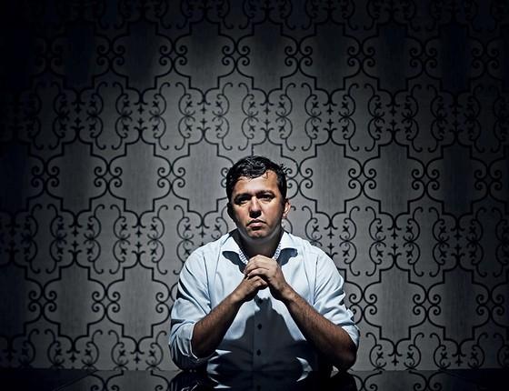 INDIGNADO Weber Galvão, irmão do prefeito assassinado de Tucuruí. A família nunca desconfiou dos possíveis envolvidos no crime (Foto: Adriano Machado/Época)
