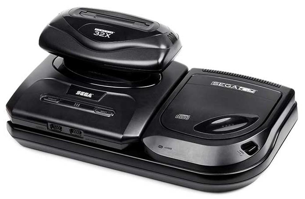 Mega Drive com o 32X e o Sega CD — Foto:  Reprodução/RetroGamer