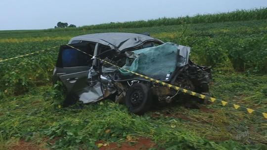 Acidente entre carro e caminhão mata 3 amigas em rodovia que liga Jeriquara, SP, a Ituverava, SP