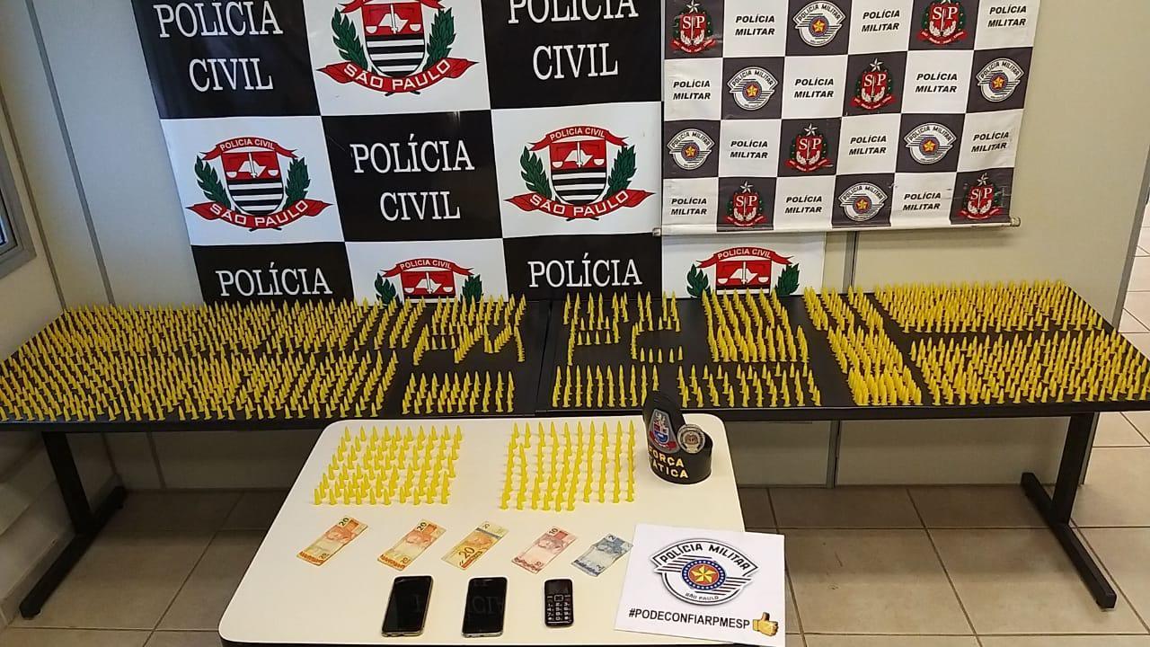 Dois irmãos e primo são presos suspeitos de tráfico com 1,9 mil pinos de cocaína em Araras - Notícias - Plantão Diário