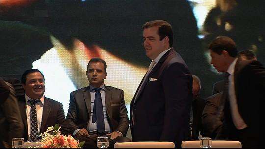Gustavo Mendanha é empossado prefeito de Aparecida de Goiânia, GO