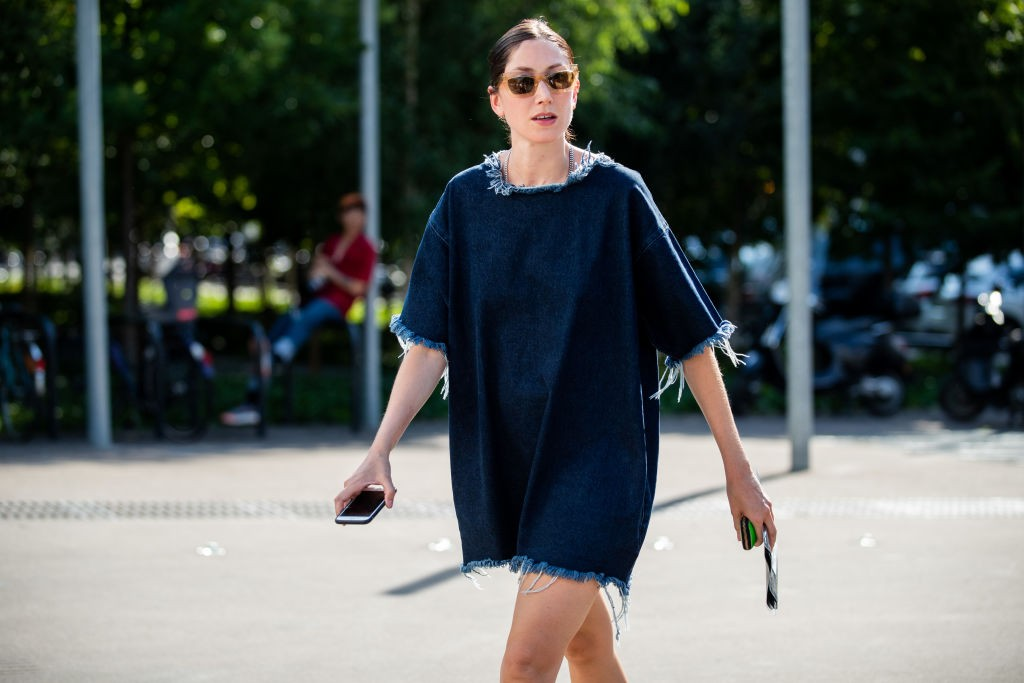 Vestido jeans (Foto: Getty)