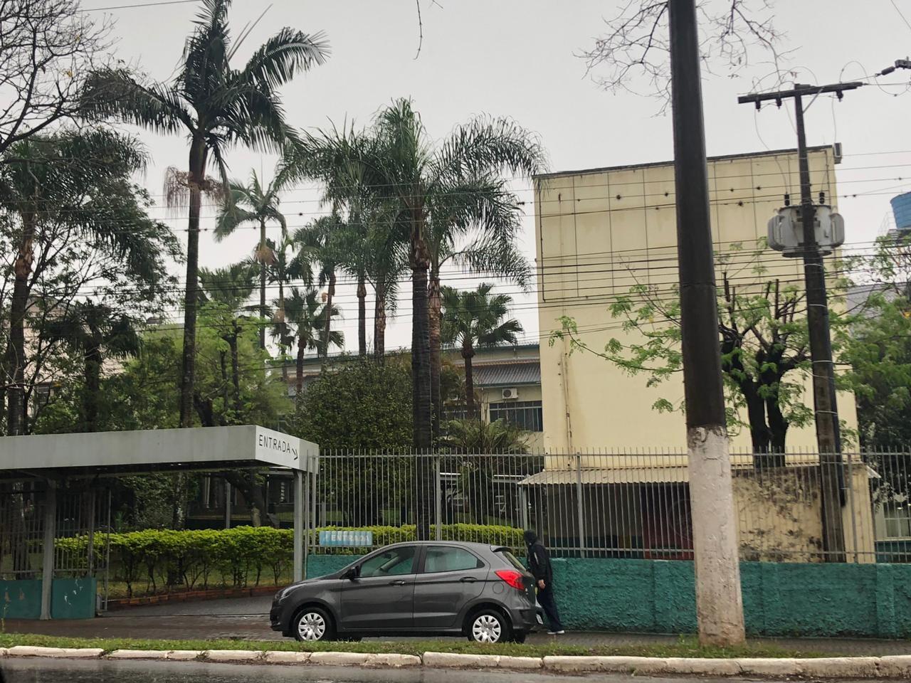 Após 20 dias, estudantes começam a desocupar reitoria da UFFS, em Chapecó - Notícias - Plantão Diário