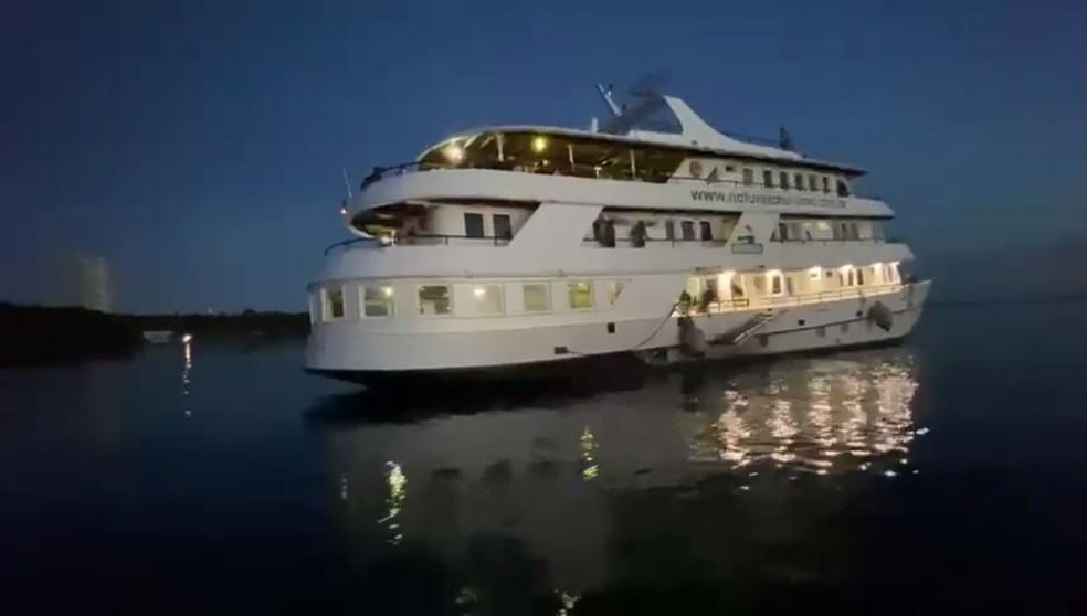 Embarcação de luxo foi palco de festival no rio Amazonas, com roteiros culturais e festas. — Foto: Divulgação/Polícia Civil
