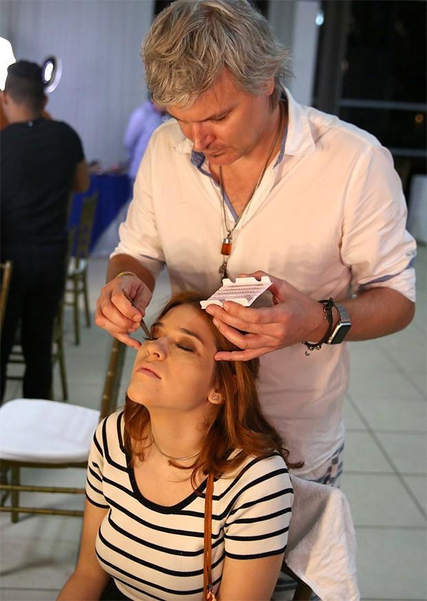 Ana Clara se prepara para o São João da Thay em São Luís do Maranhão (Foto: Denilson Santos e Dilson Silva/ AgNews)