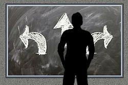 Decisão, duvida (Foto: Pixabay)