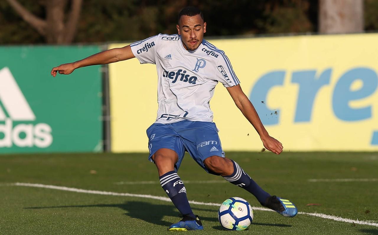 Palmeiras troca dois jogadores na lista de inscritos na Libertadores