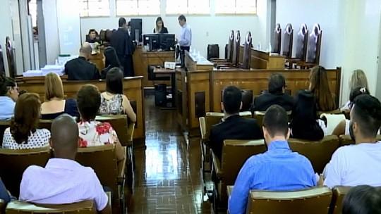 Júri condena réus a 81 anos de prisão por mortes de mãe e bebês gêmeos no interior de SP