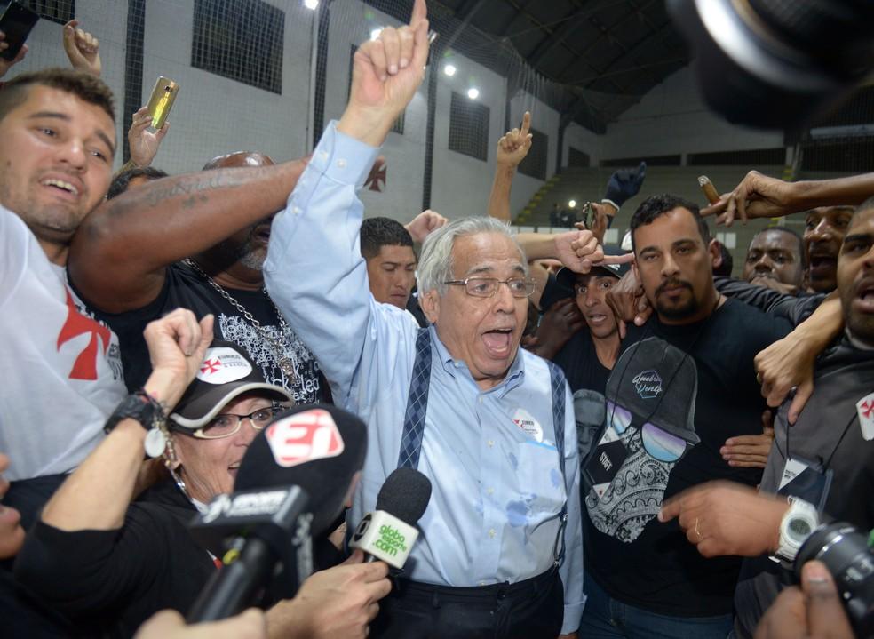 Eurico Miranda comemora vitória nas urnas (Foto: André Durão)