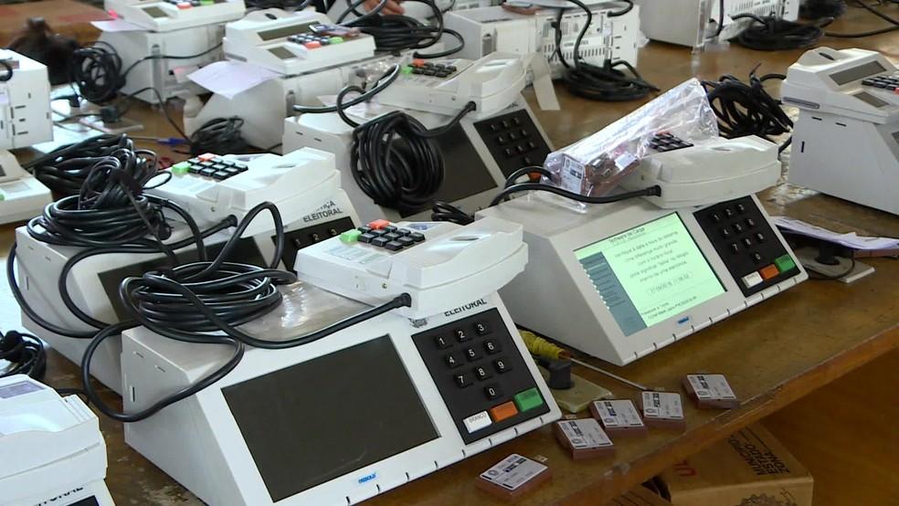 Eleitores de Aracoiaba voltam às urnas no domingo em eleição para ...