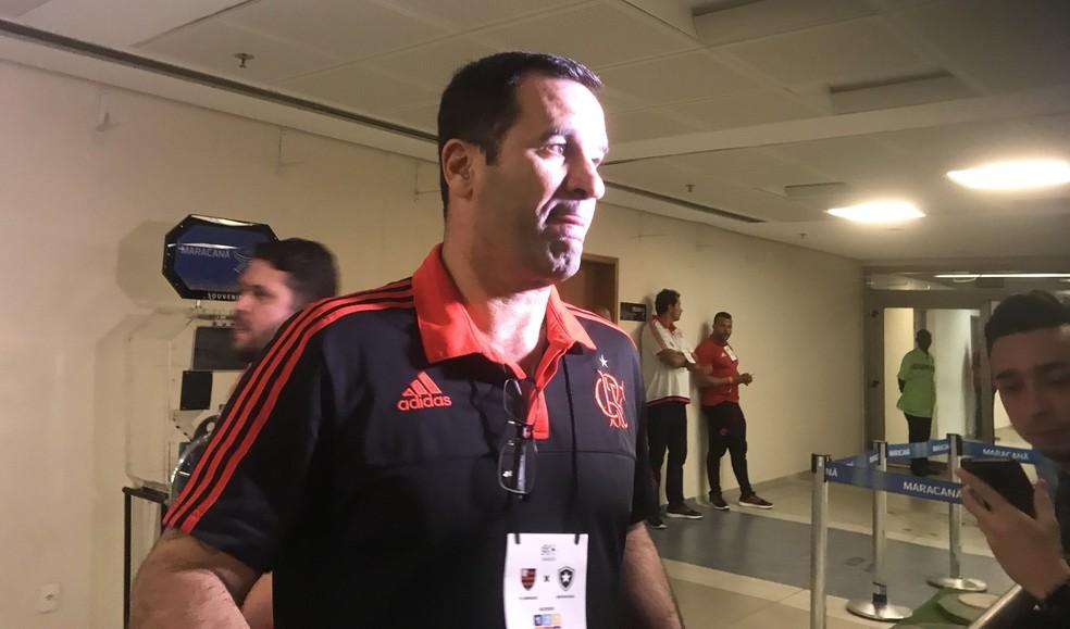 Ricardo Lomba, vice de futebol do Flamengo, após a eliminação no Maracanã (Foto: Amanda Kestelman)