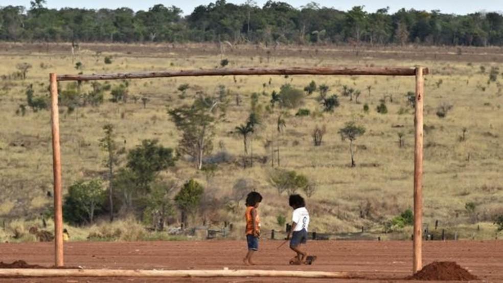 Atendimento de saúde para os Xavantes é precário — Foto: BBC/ ADRIANO GAMBARINI/OPAN