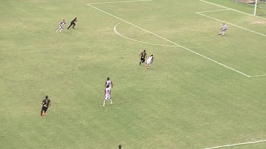 Veja o gol perdido pelo atacante Joelson