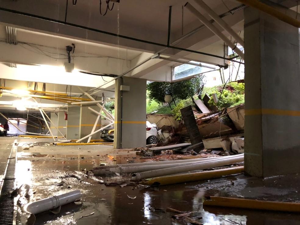 Interior da garagem de prédio residencial de Brasília onde ocorreu o desabamento (Foto: Arquivo pessoal)