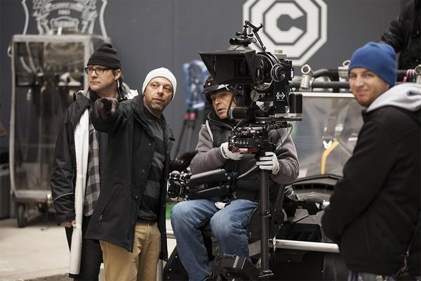 O diretor José Padilha nas filmagens de Robocop (2014) (Foto: Divulgação)