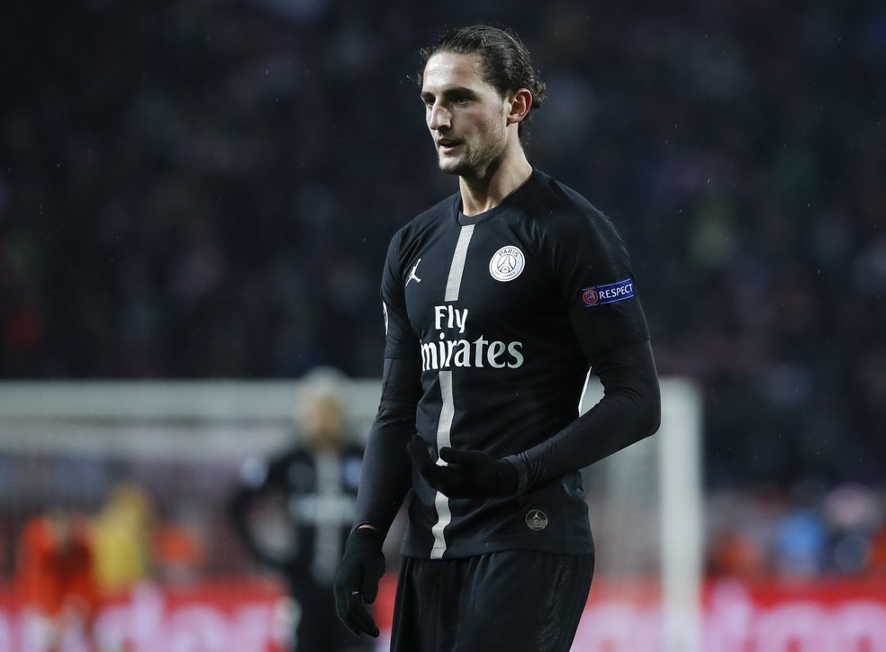 Rabiot está afastado do time principal do Paris Saint-Germain — Foto: Getty Images