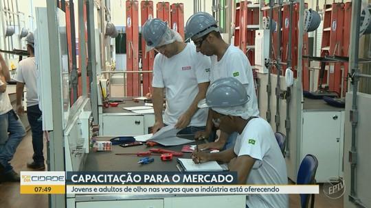 'Sua Chance' fala sobre capacitação profissional para trabalhar na indústria