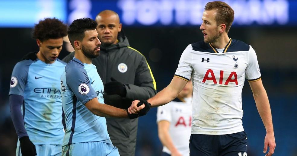 Sergio Aguero e Harry Kane foram os primeiros nomes citados pelo atacante polonês  — Foto: Premier League