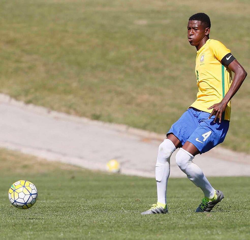 Vitão, zagueiro do Palmeiras e da seleção sub-17 (Foto: CBF)