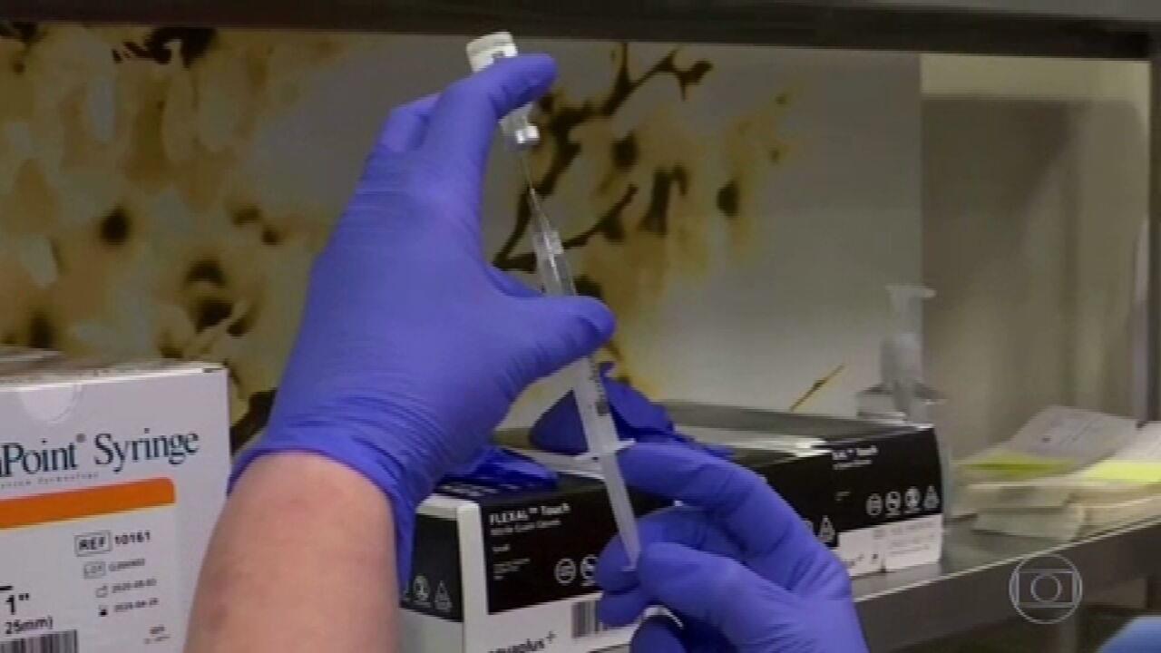Pfizer e Biontech anunciam que vacina mostrou 100% de eficácia em jovens de 12 a 15 anos