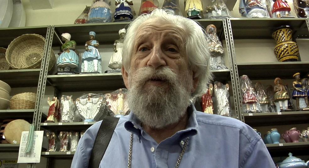 O artista plástico Nelson Leirner morreu em casa, aos 88 anos — Foto: Reprodução/Assim é se lhe parece