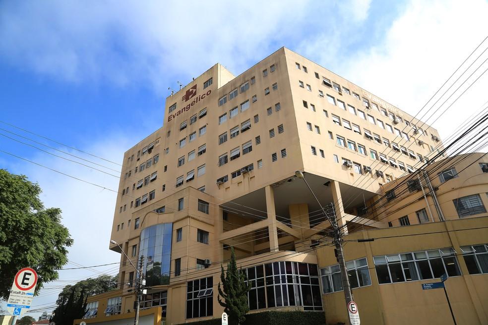 Segundo colocado no leilão questiona a documentação do consórcio vencedor do pregão do Hospital Evangélico de Curitiba. — Foto: Giuliano Gomes/PRPress