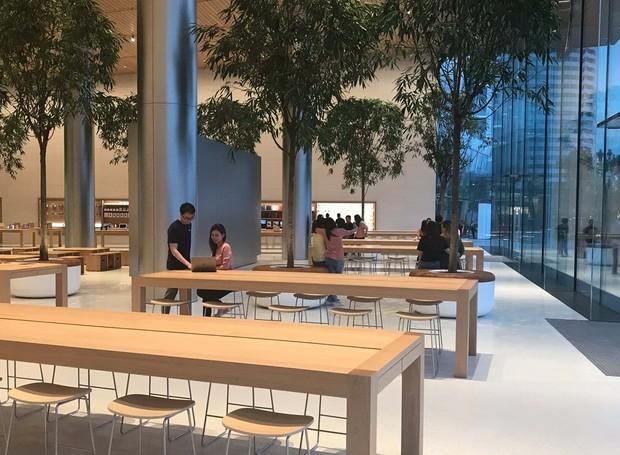 Interior da loja da Apple na Tailândia (Foto: Apple/Reprodução)