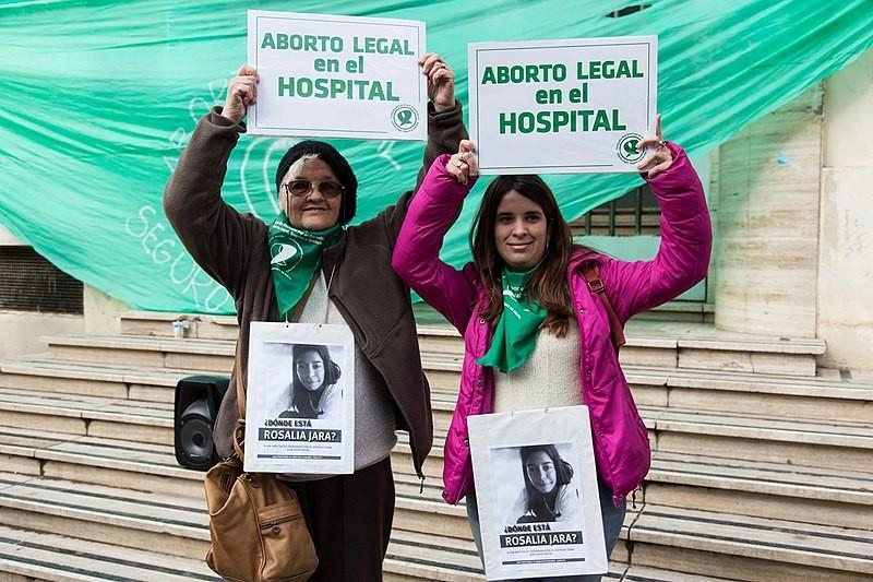 Caso seja rejeitada, lei do aborto na Argentina só poderá ser votada em 2019 (Foto: Lara Va/ Wikimedia Commons)