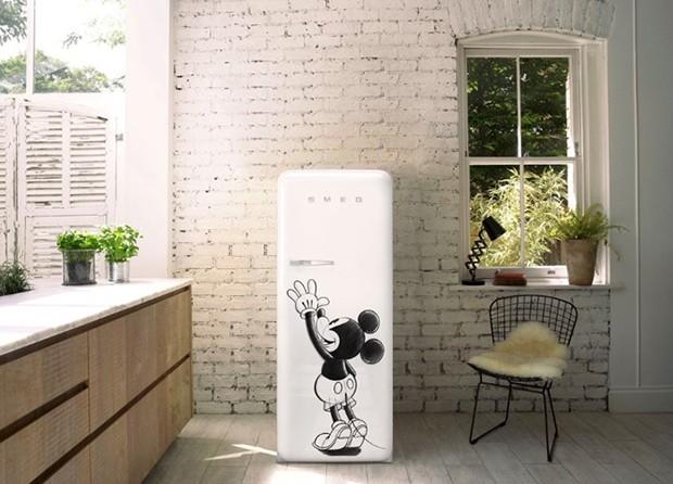 Marca italiana lança geladeiras com desenho do Mickey Mouse (Foto: Divulgação )