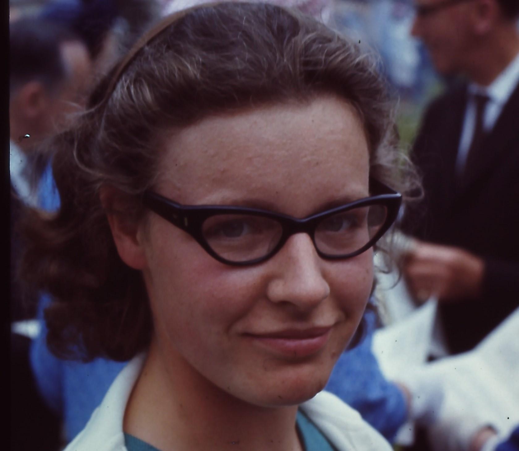Dame Susan Jocelyn Bell Burnell na décade de 1960 (Foto: Roger W Haworth/Wikimedia Commons)