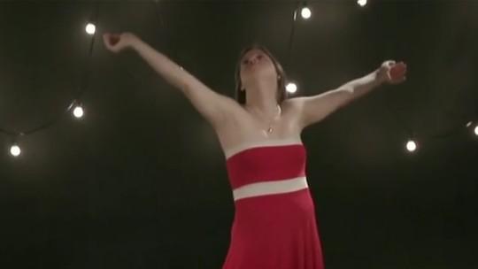 Suricato lança videoclipe de 'Pra Tudo Acontecer' com bailarina com Síndrome de Down