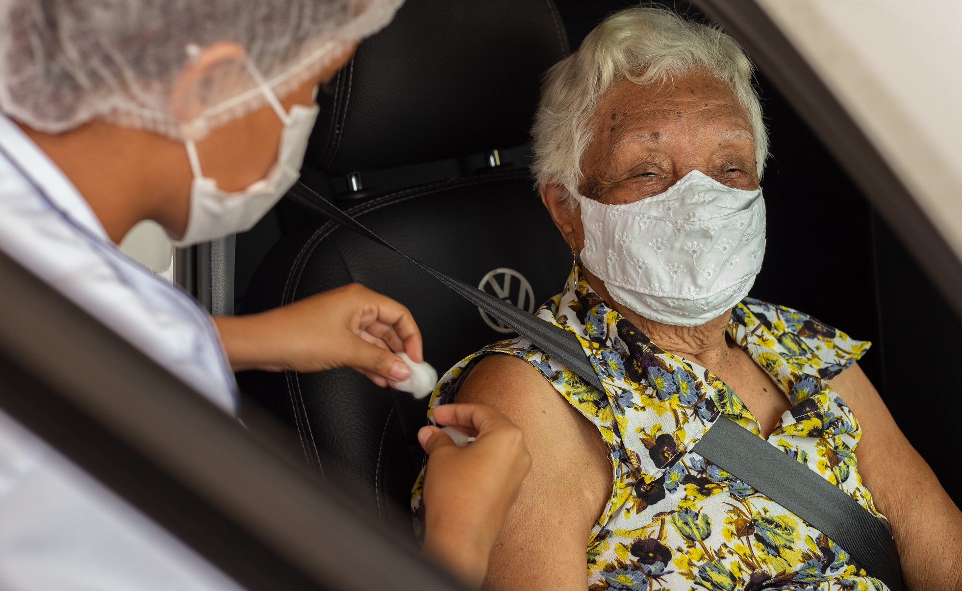 Pessoas com comorbidades acima de 18 anos serão vacinadas contra Covid-19 em Lauro de Freitas na sexta; veja grupo prioritário