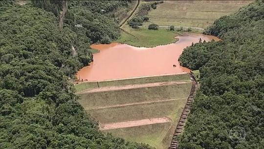 Barragem da Vale entra em nível máximo de alerta para o risco de rompimento em MG
