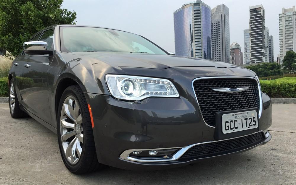 Chrysler 300C (Foto: André Paixão/G1)