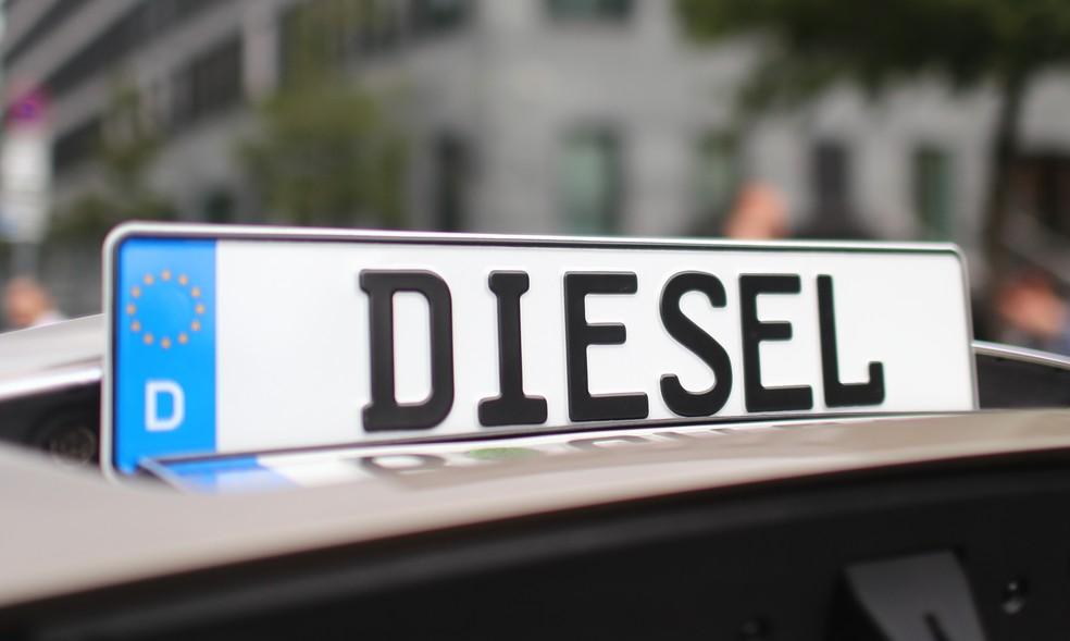 Resultado de imagem para fotos de carros a diesel na europa