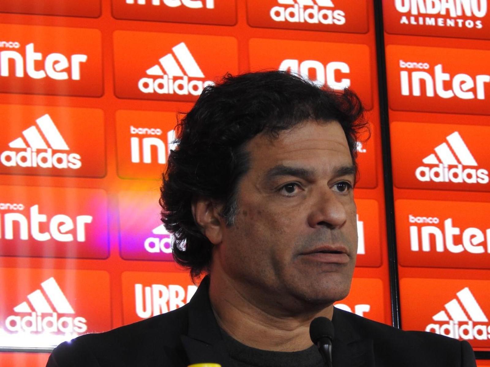 Se algumas manchas na imagem de ídolo acontecerem, tudo bem, diz Raí, dirigente do São Paulo