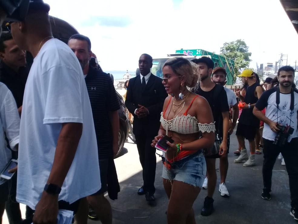 Anitta movimenta comunidade em Salvador com gravação de clipe â?? Foto: Cid Vaz/TV Bahia