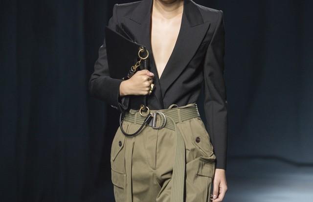 Givenchy - verão 2019 (Foto: Imaxtree)